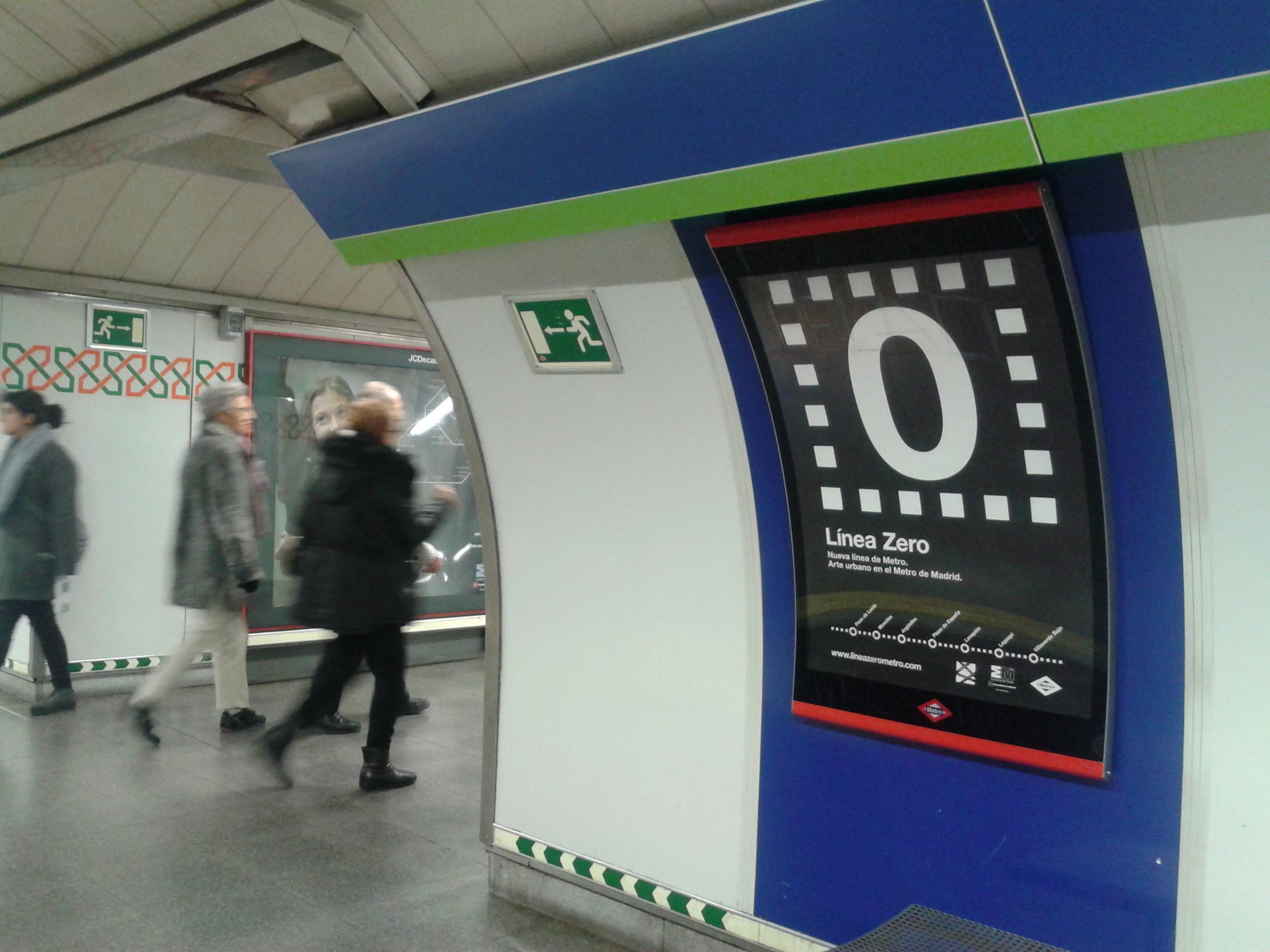 carteles en metro 1.jpg
