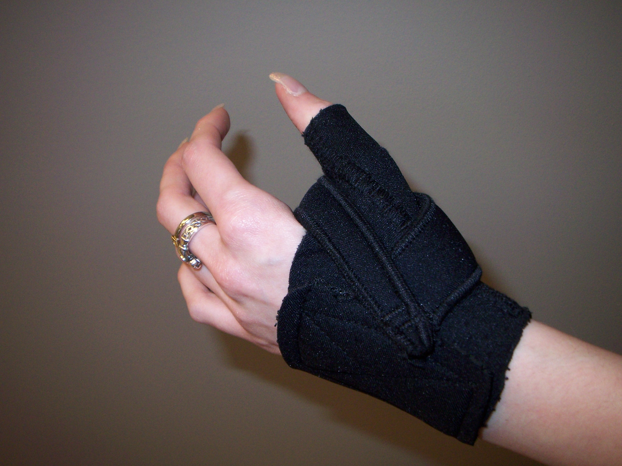 Comfort Cool Neoprene Thumb Splint