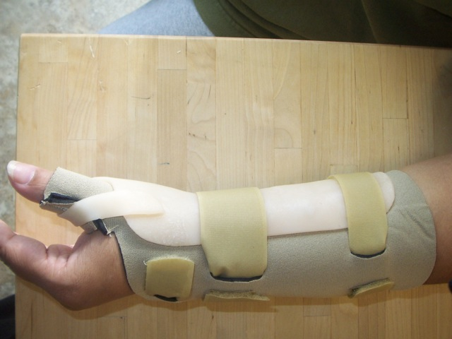 Thumb and Wrist Splint Combo