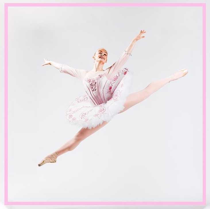 - Chloe spent a year living in Russia after being admitted to the Bolshoi Academy's year-round program. She dances for BYU Ballet.