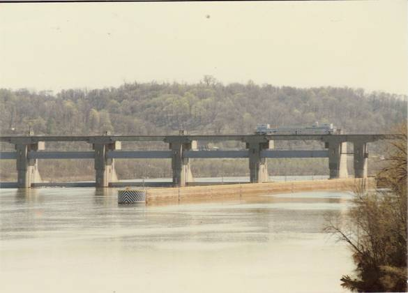 Older pic of the Reedsville Locks & Dam on the Ohio River.