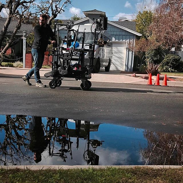 Don't go chasing water puddles. That's how the song goes, right?  #movirentalsinc @inovativ @readyrig #alexamini #zeiss #superspeeds #walterklaassen #setlife #movi #movipro @freeflysystems