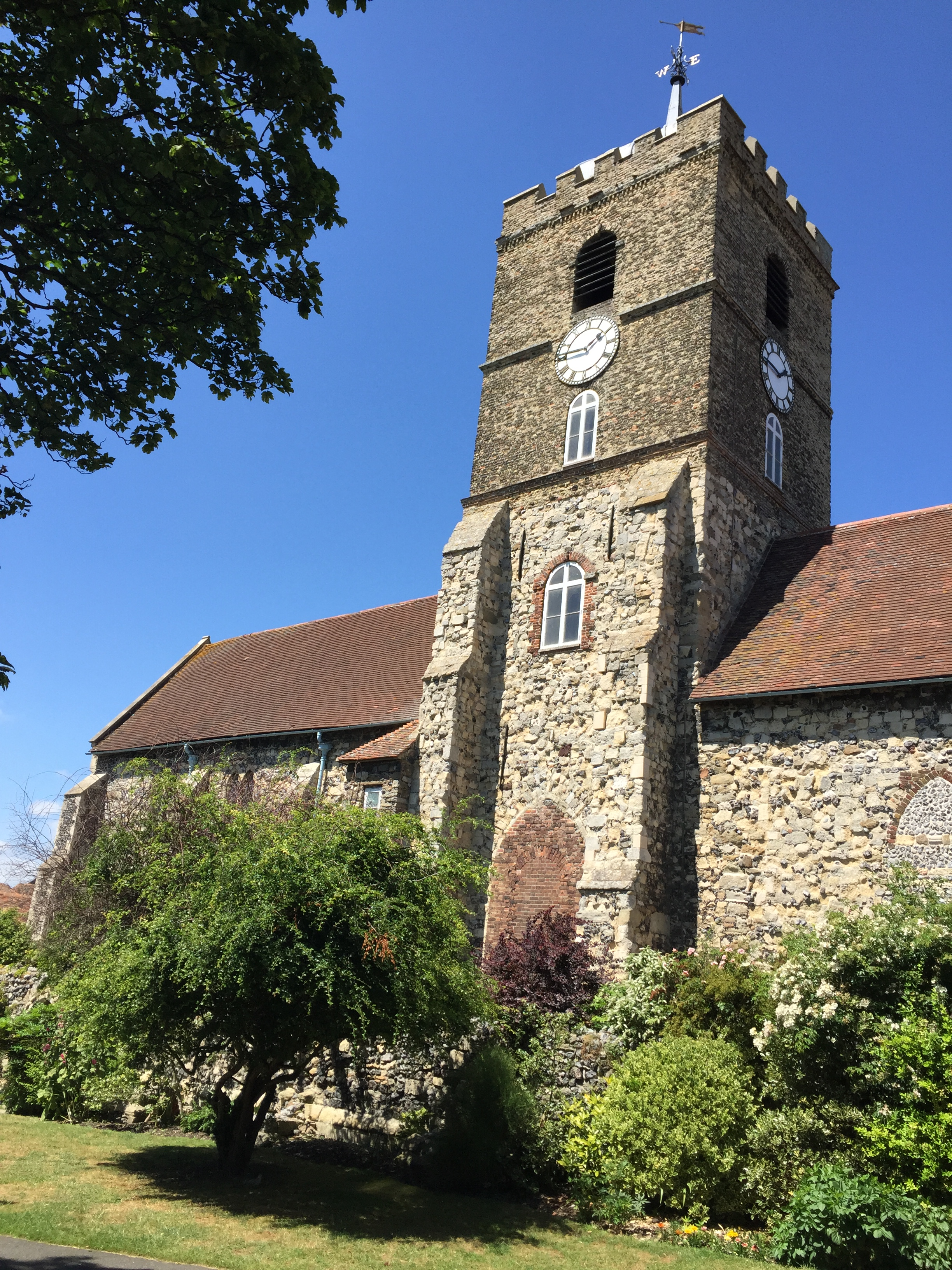 Our visit to our new job, St Peter's church in Sandwich, of course we had a lovely sandwich in Sandwich!.jpg