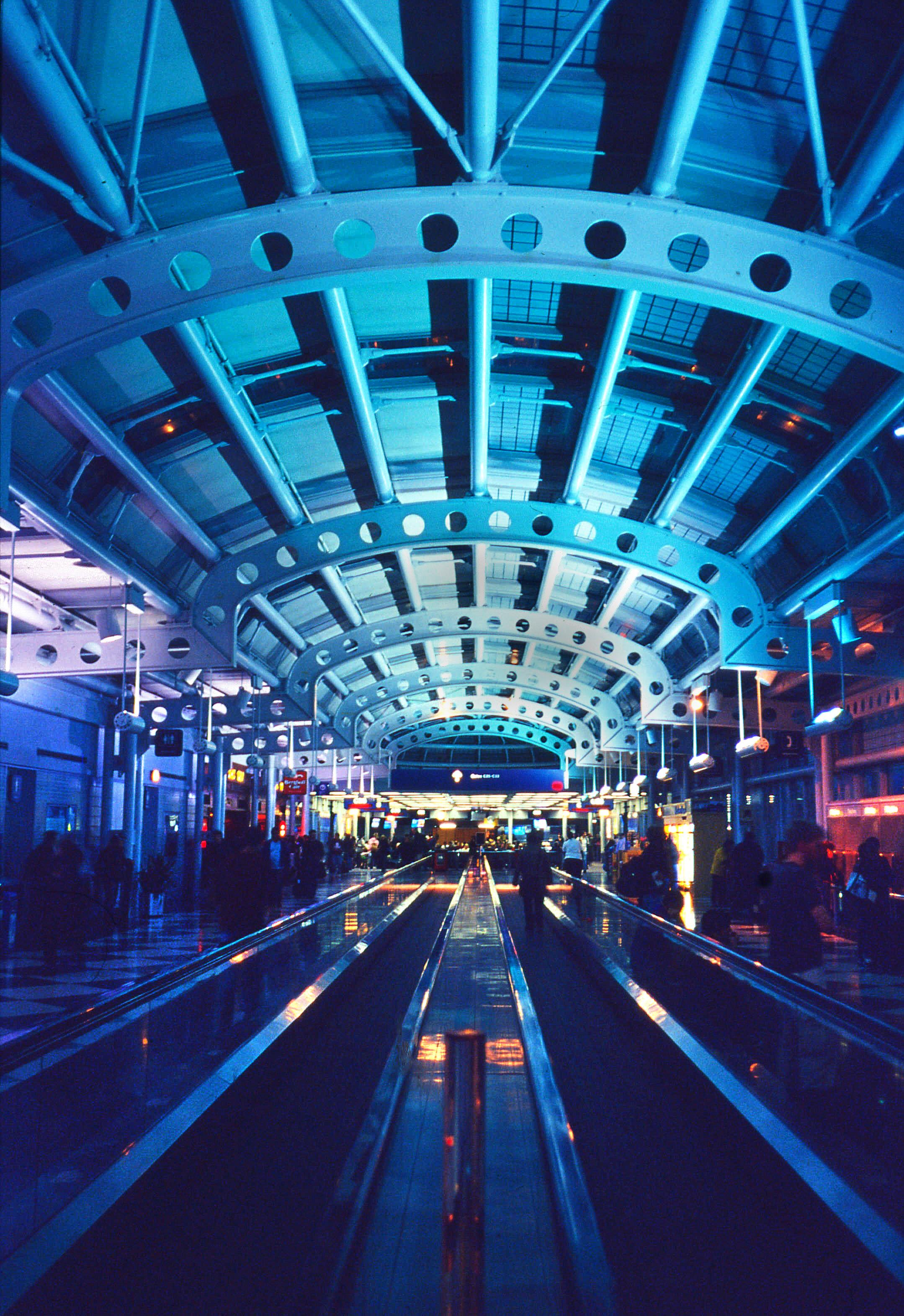 Chicago O'Hare International Airport / Kodak Ektachrome 100VS