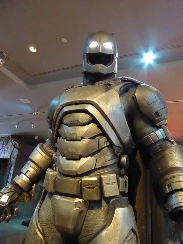 Batman v Superman Bat mech costume.jpg
