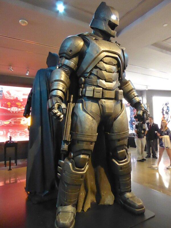 Batman v Superman Batsuit armor.jpg