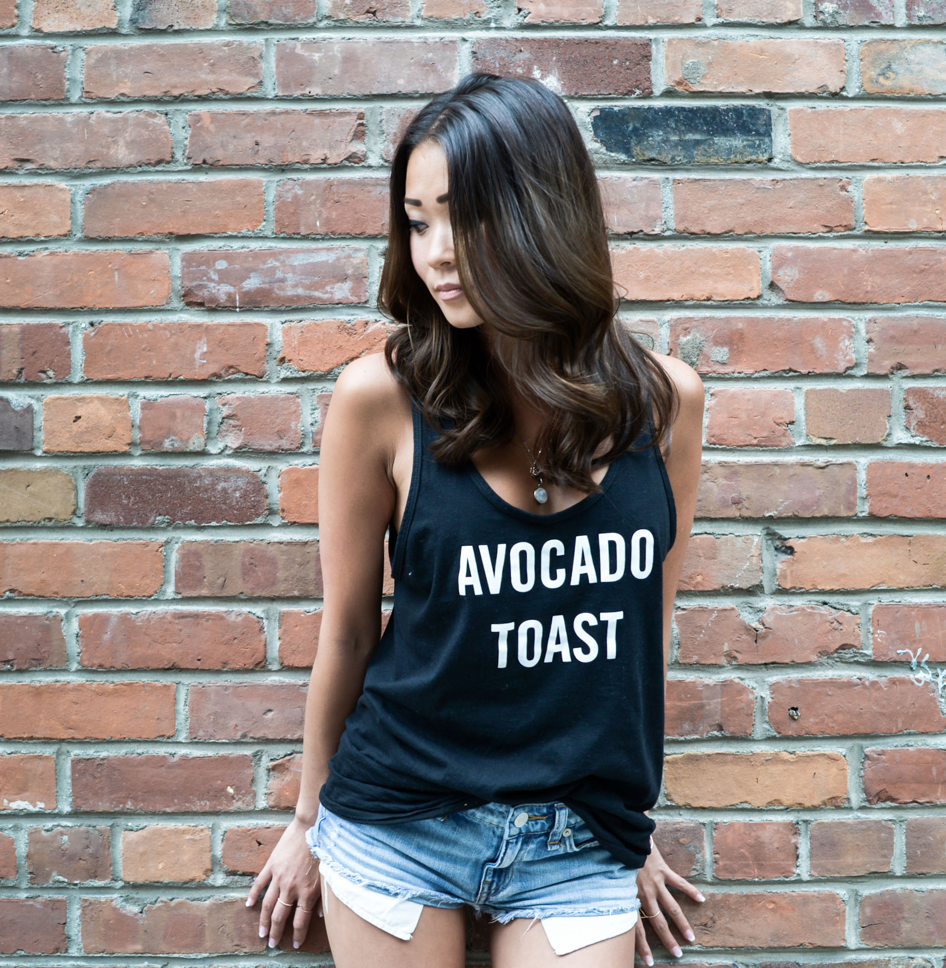 avocado+toast+black.jpg