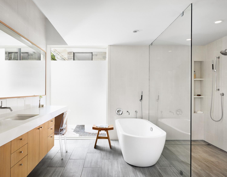 bathroom96712.2.jpg