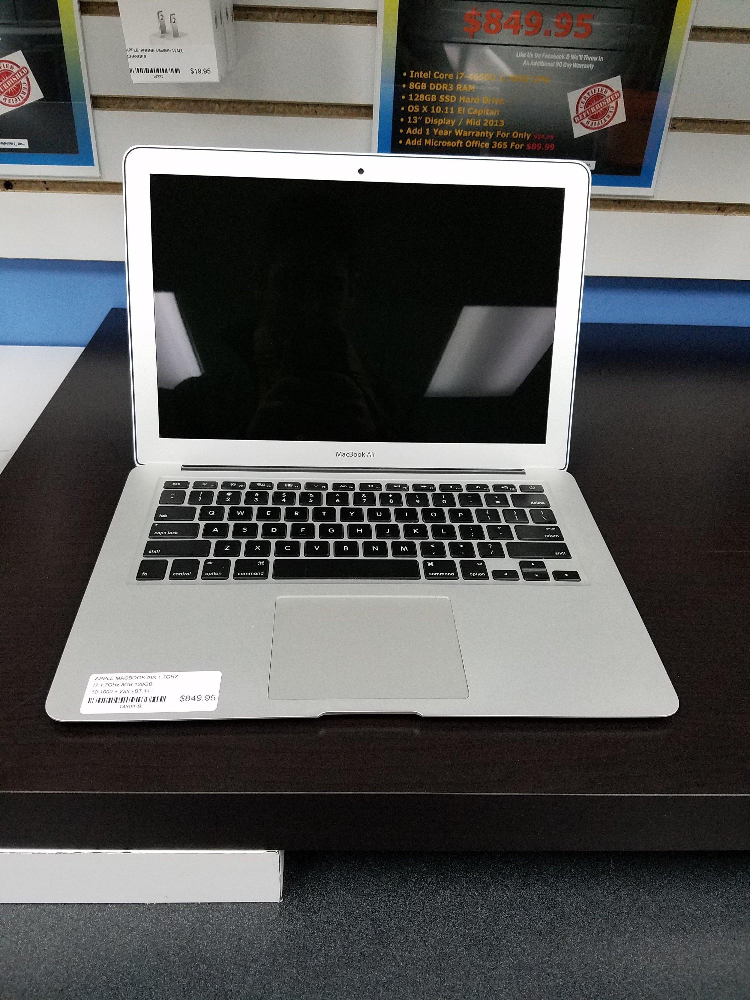 Macbook Air 11' 2.jpg