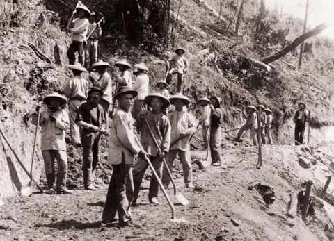 We tend to forget that our nation was literally built on the backs of immigrants and migrant workers!