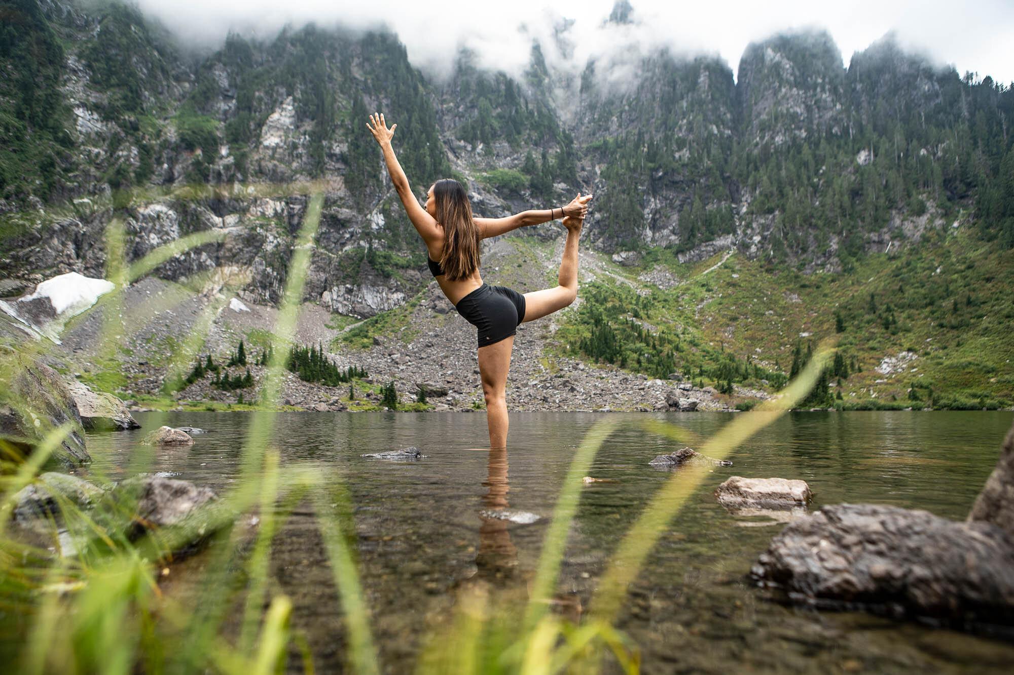 Amy Lin Yoga-05203.jpg
