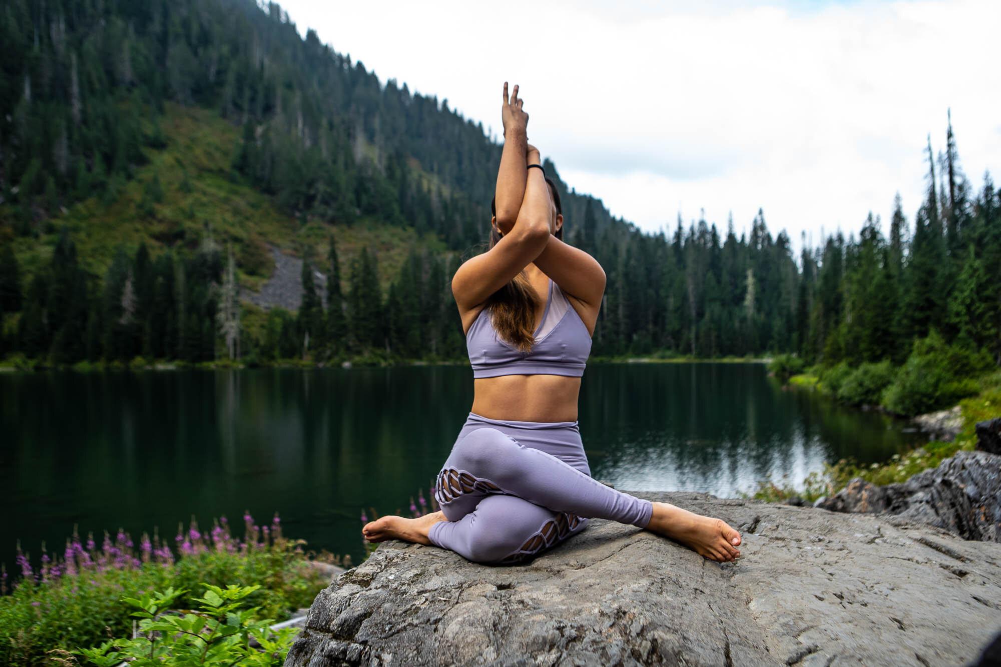 Amy Lin Yoga-05311.jpg