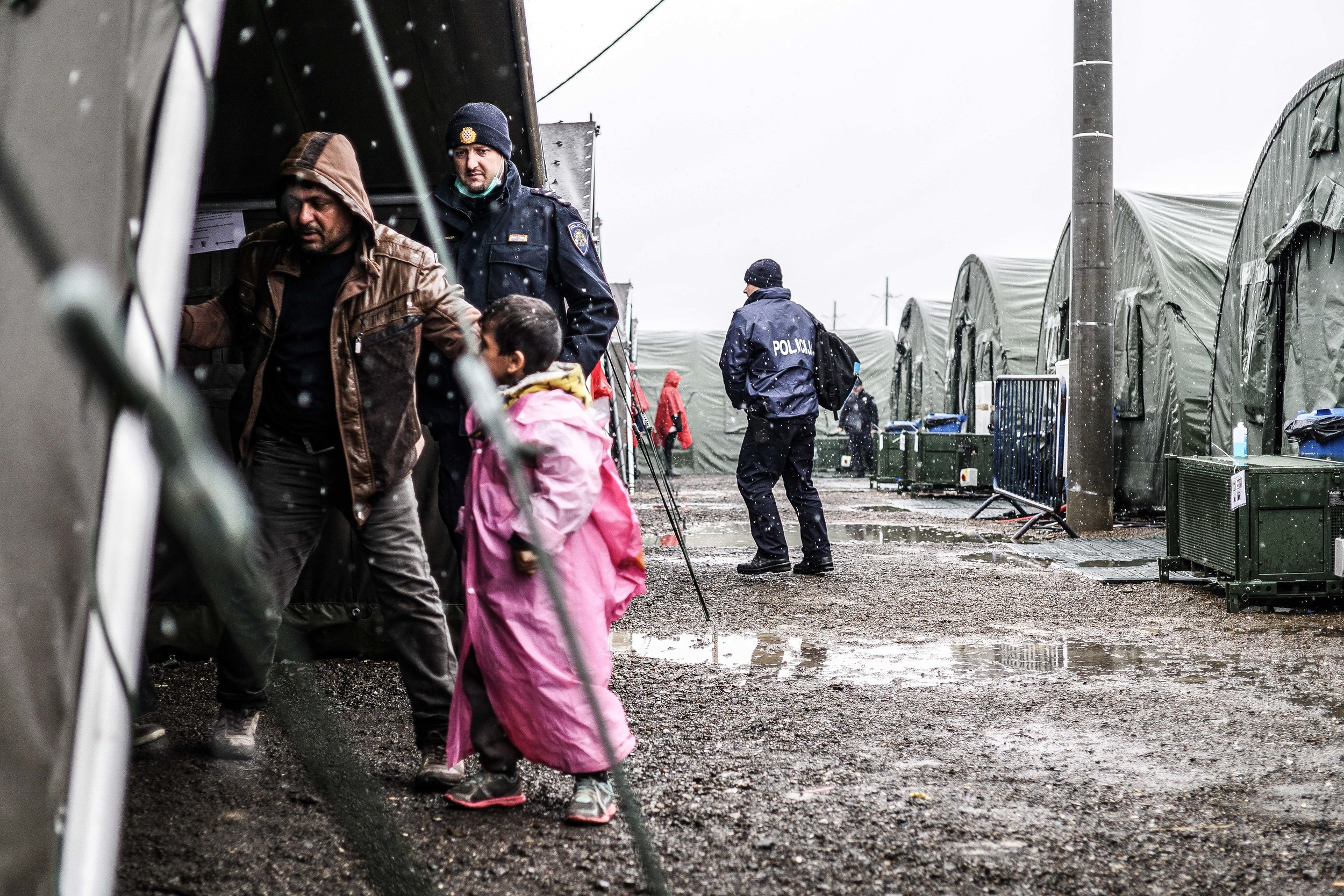 Syrian Refugee Crisis Croatia Slavonski Brod Winter Refugee Camp November 2015 25.jpg