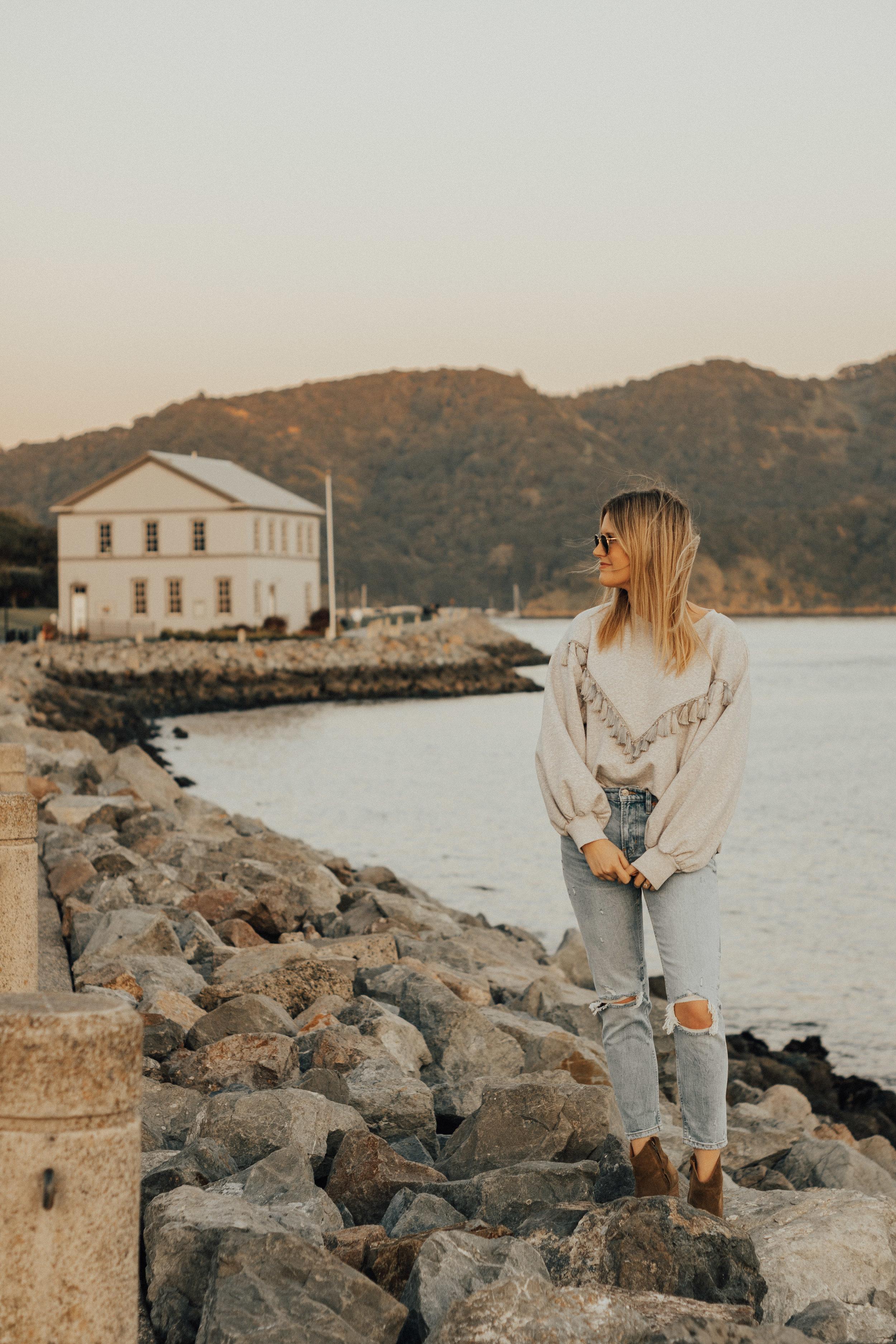 hm-gray-tassel-sweatshirt-21.jpg