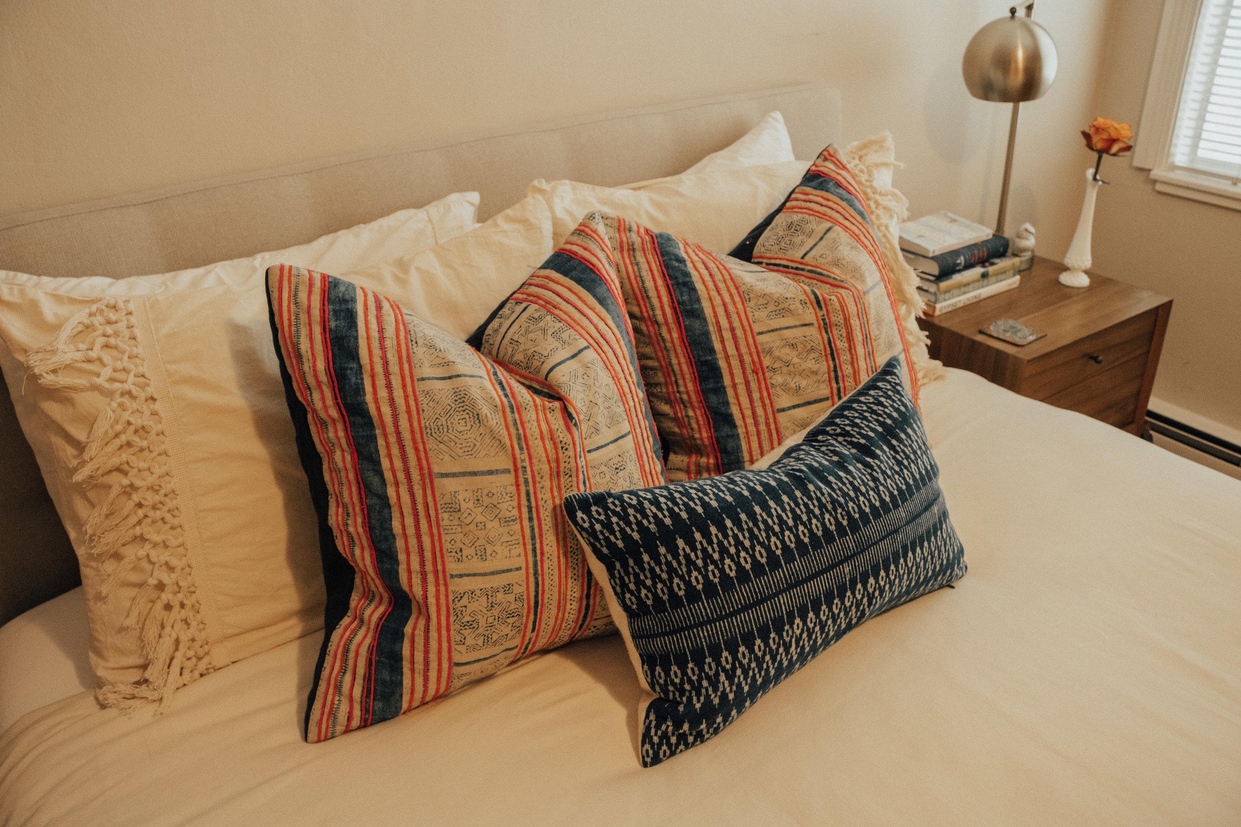 best-etsy-pillow-shops-9.jpg
