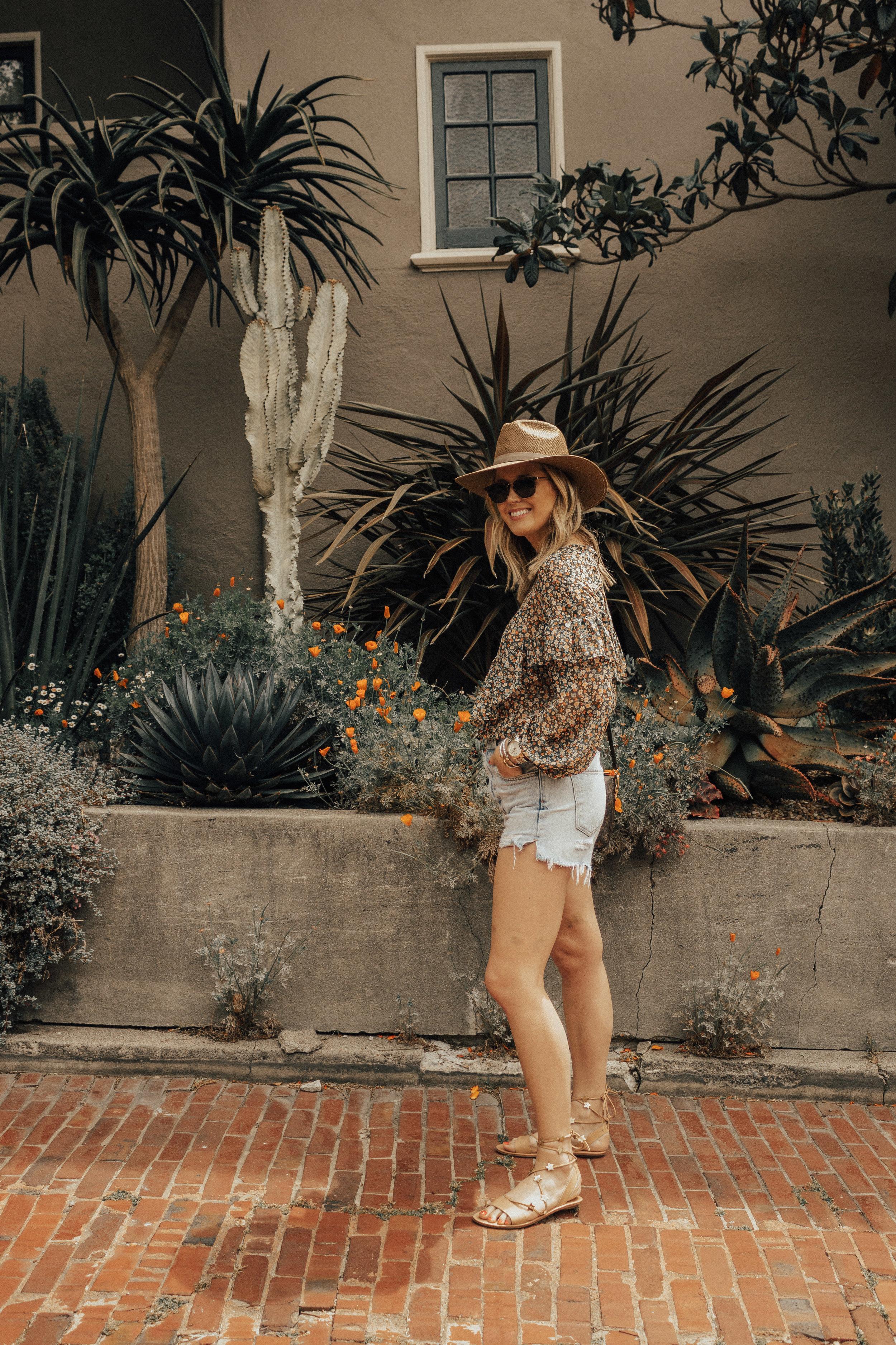 mango-floral-ruffle-blouse-13.jpg