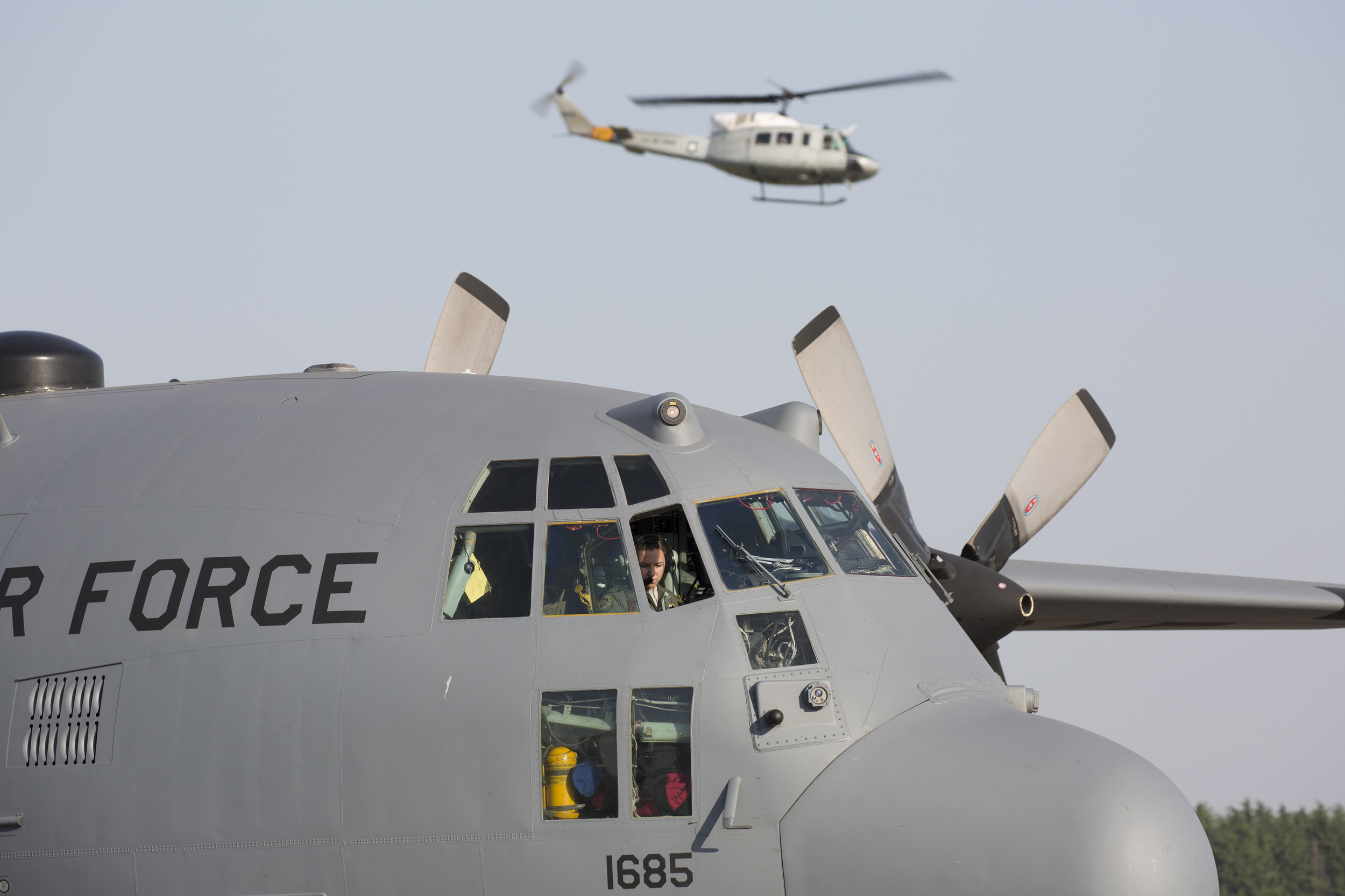 1st Lt. Sydney Croxton, 36th Airlift Squadron C-130 Hercules pilot, performs preflight checks at Yokota Air Base, Japan, May 5, 2015. Airmen departed to conduct humanitarian assistance and disaster relief operations in support of the Government of Nepal in the wake of a 7.8 magnitude earthquake that devastated many regions of the country on April 25, 2015. (U.S. Air Force photo by Osakabe Yasuo/Released)