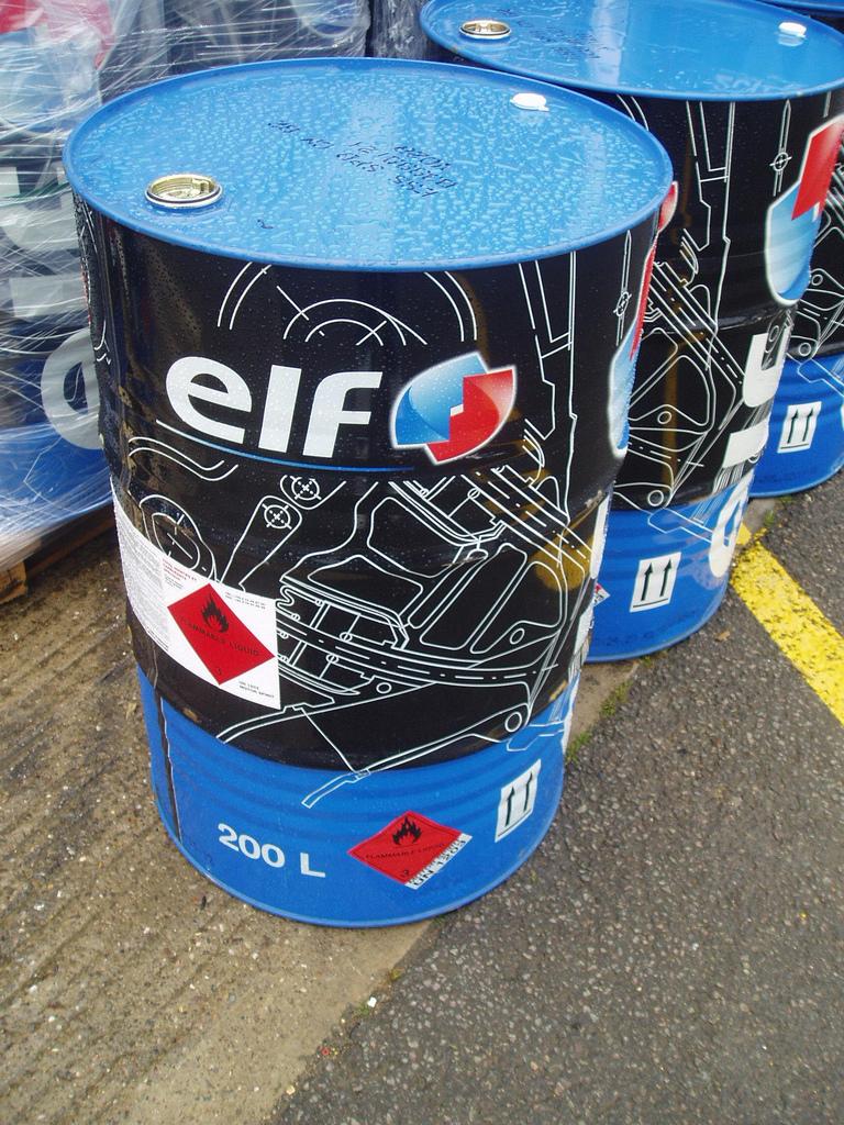 ELF Race Fuel 200L