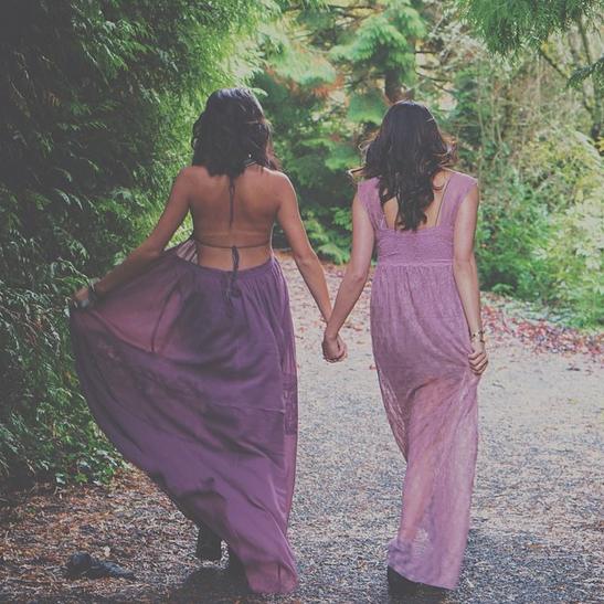 Yasmin and Shaiyanne Dar, the sisters behind Dolkii.com // TheEditHawaii.com