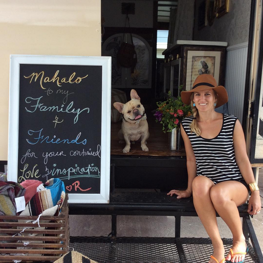 Renee of All Good Things Maui, a mobile boutique // TheEditHawaii.com