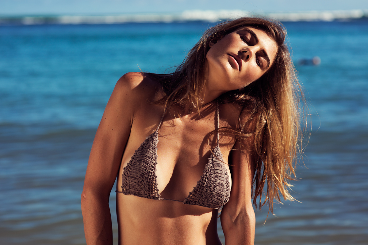 naturalbeauty-alexkate-bikini1web.jpg