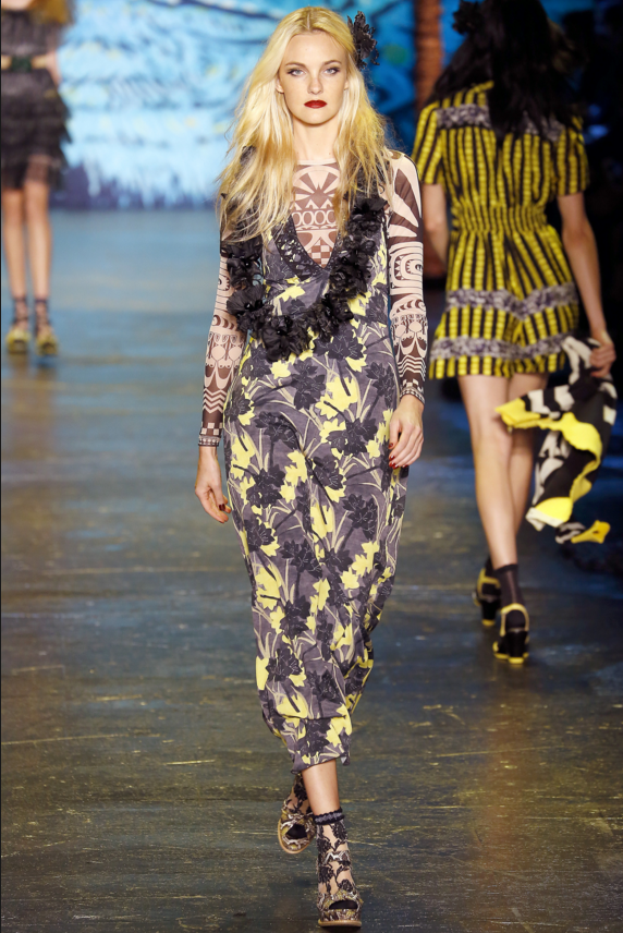 aloha style at Anna Sui spring summer 2016.png