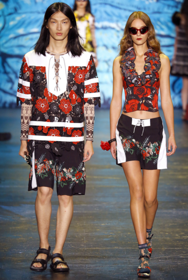 Anna Sui, Spring 2016.png