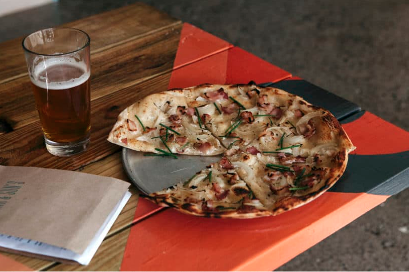 THE SURFJACK: WHERE WE GO FOR PIZZA IN HONOLULU - The scoop on our favorite spots serving up little (and XL) slices of heaven.