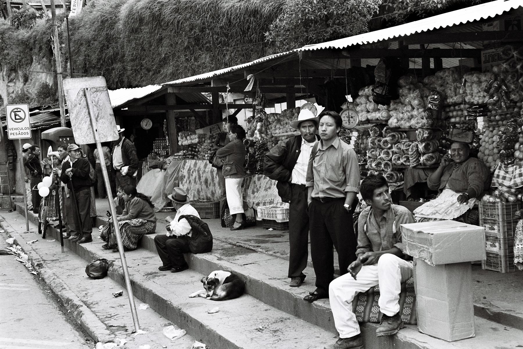 Bus Stop, Cuatro Caminos, Guatemala.
