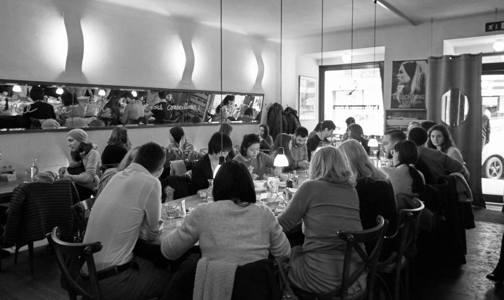 Le Bol - communal dining