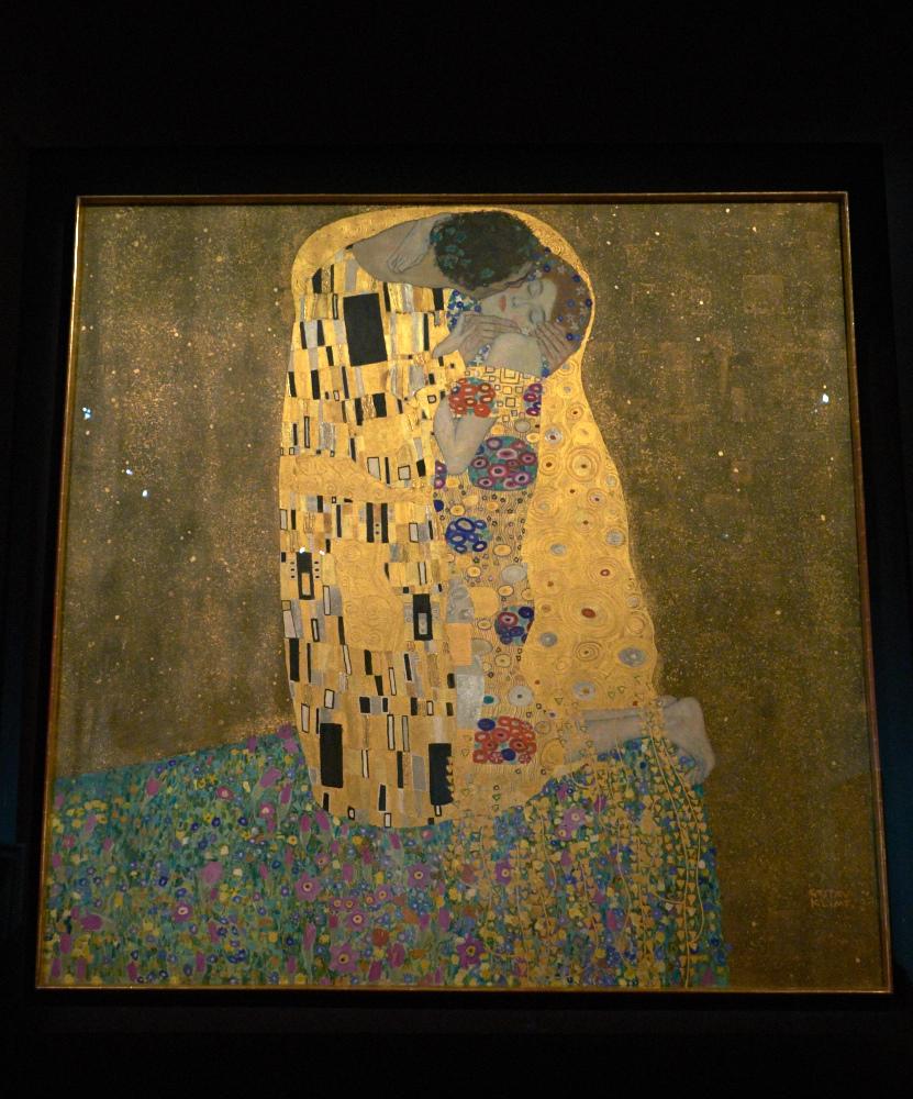The Kiss, Gustav Klimt 1907-08