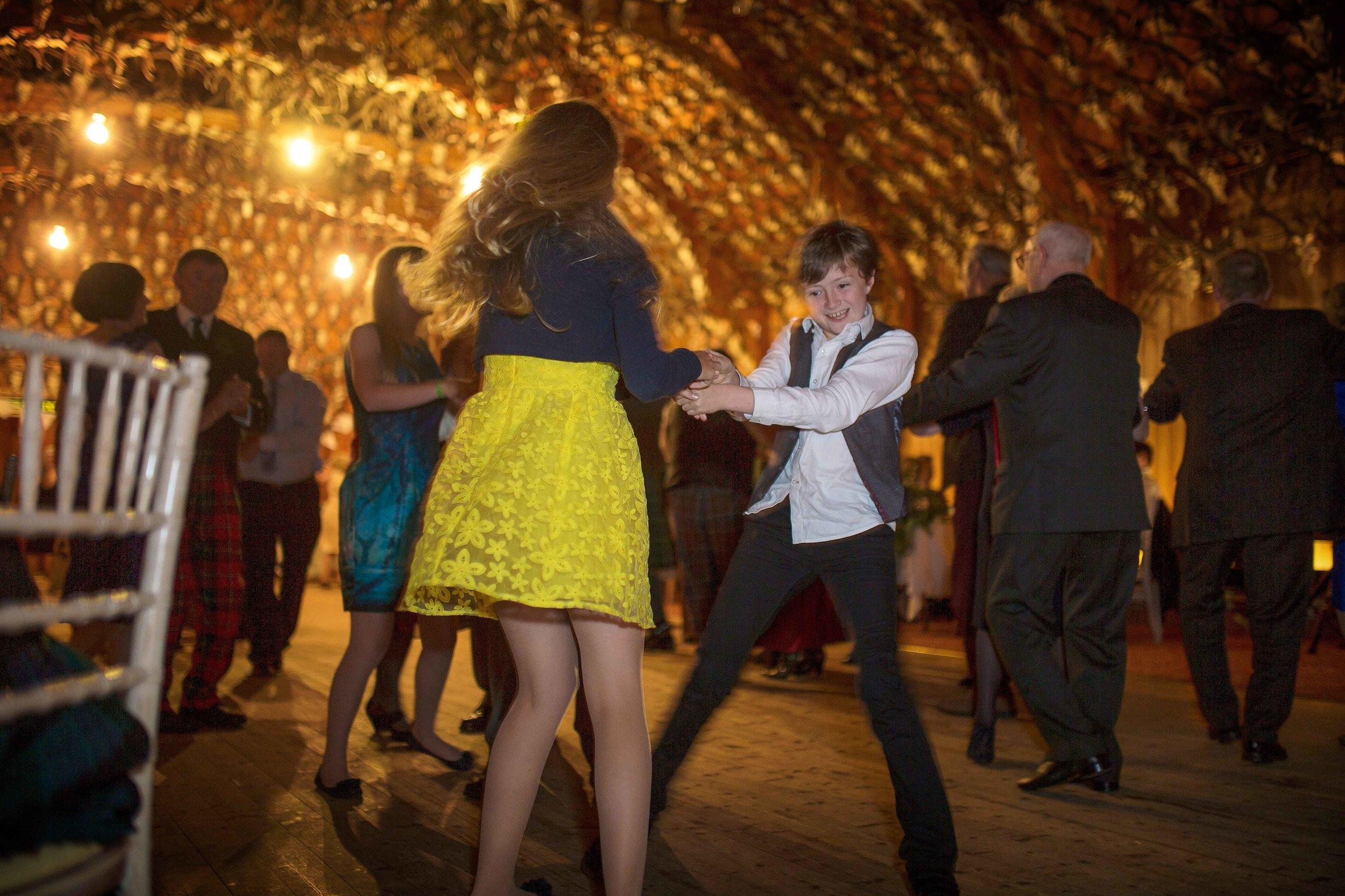 Dancing & Entertainment 27.jpg