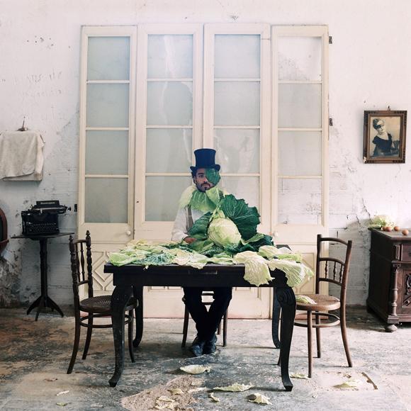 02-hombre de la col.jpg