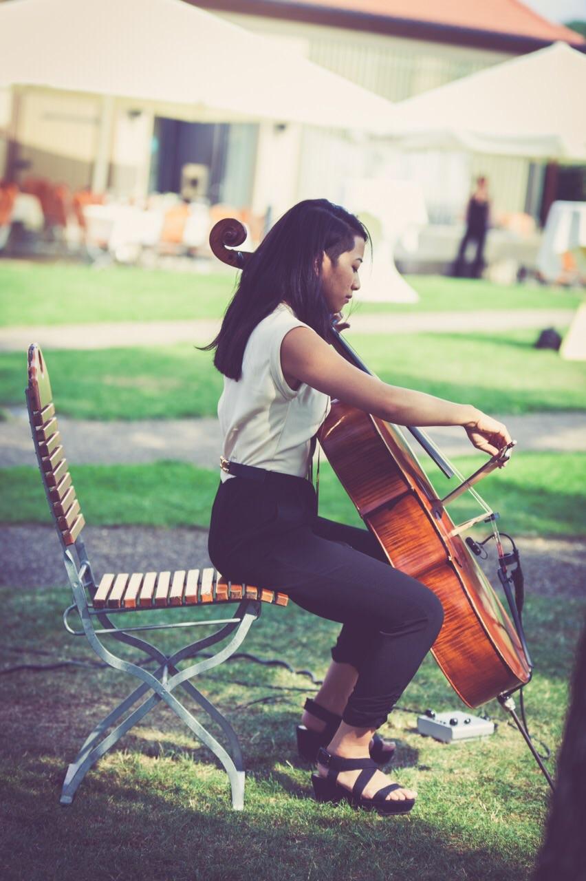 Jenny-Chris-Wedding-cello-The-Wong-Janice-3.jpg