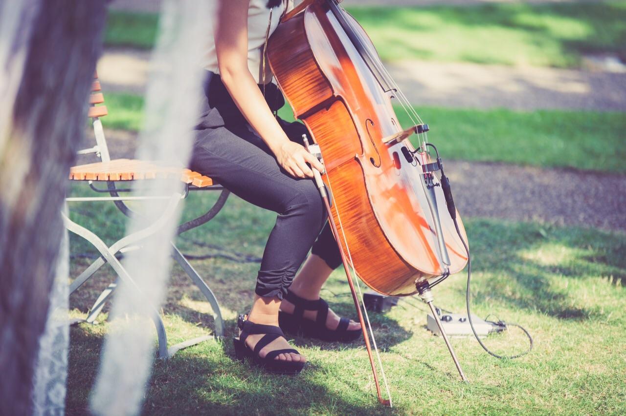 Jenny-Chris-Wedding-cello-The-Wong-Janice-5.jpg