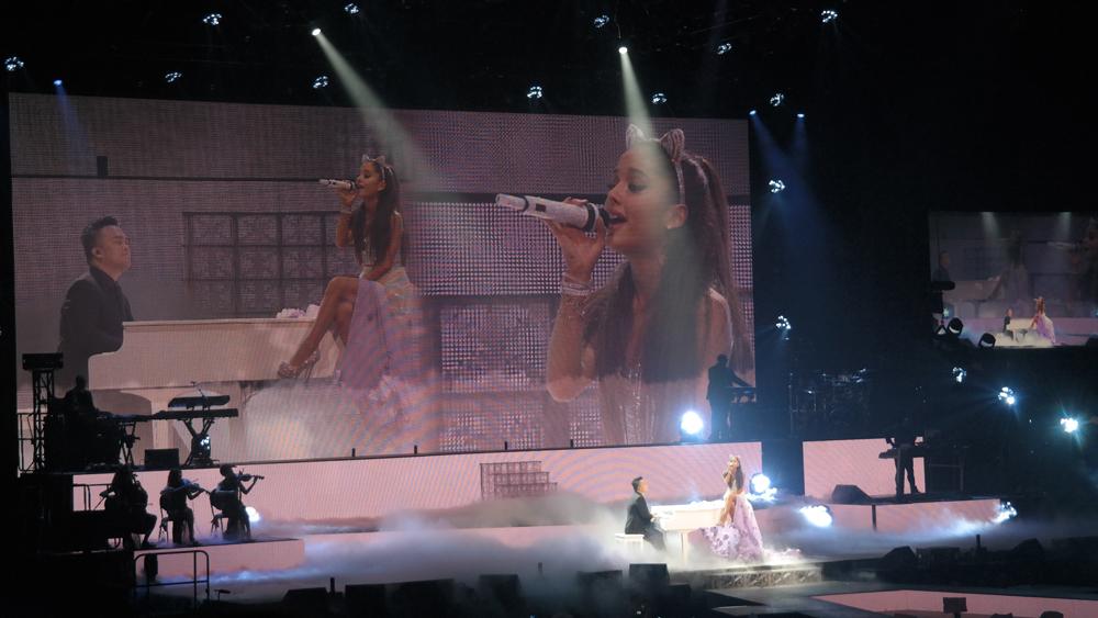 Ariana-Grande-Amsterdam-Ziggo-Dome-My-Everything-The-Wong-Janice.jpg