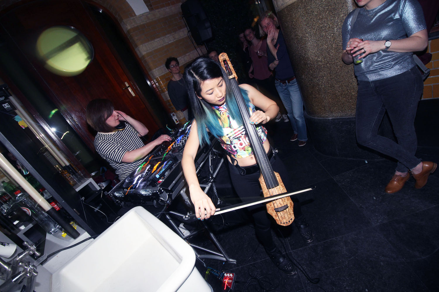 Girl-Drop-Yarrr-Cut-Throat-Amsterdam-DJ-Nata-Babaju-The-Wong-Janice-electric-cellist-music-producer-based-in-Amsterdam-1.jpg