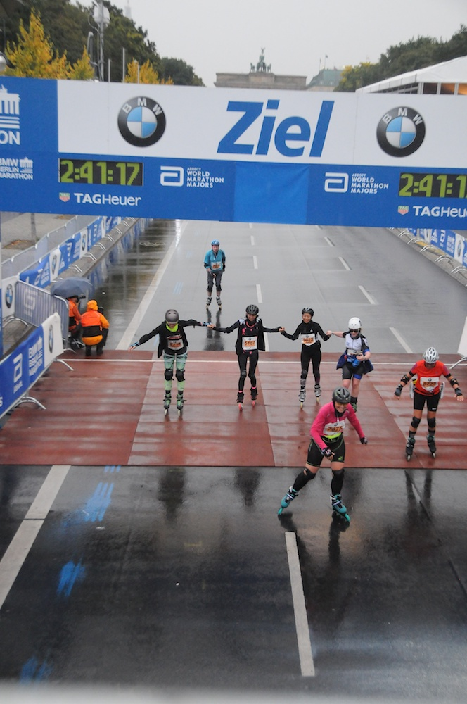 Berlin-marathon-inline-skating-2017-finish-The-Wong-Janice5.jpg
