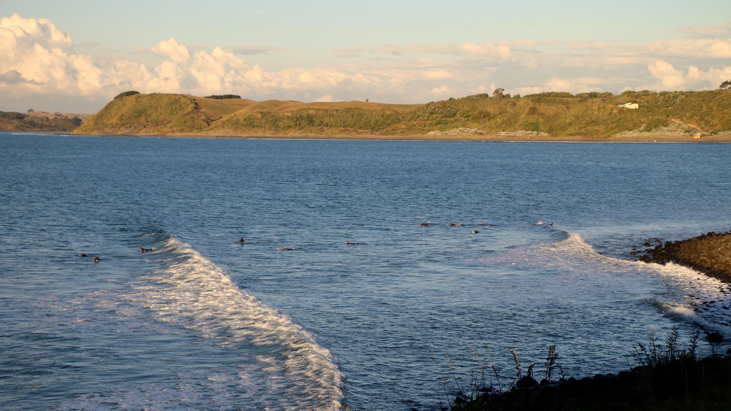 raglan Manu Bay point break