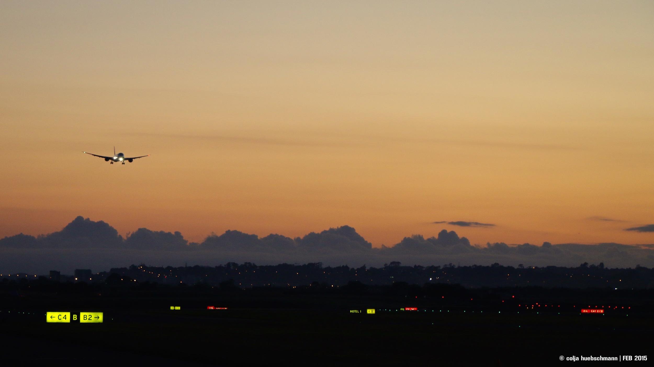 Crishis Arrival in AKL (Beoing 787 Dreamliner)