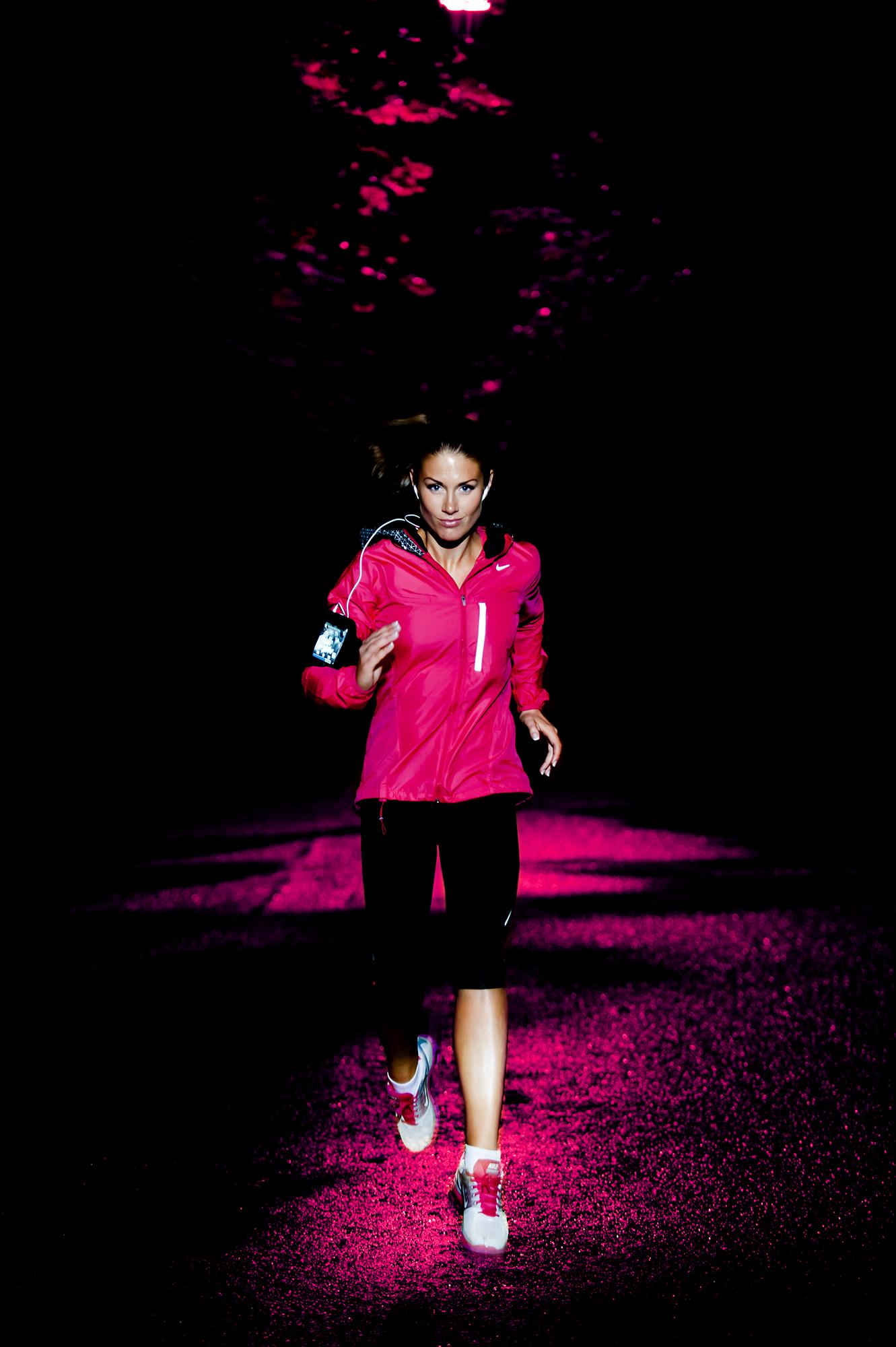 Tone Damli - Nike