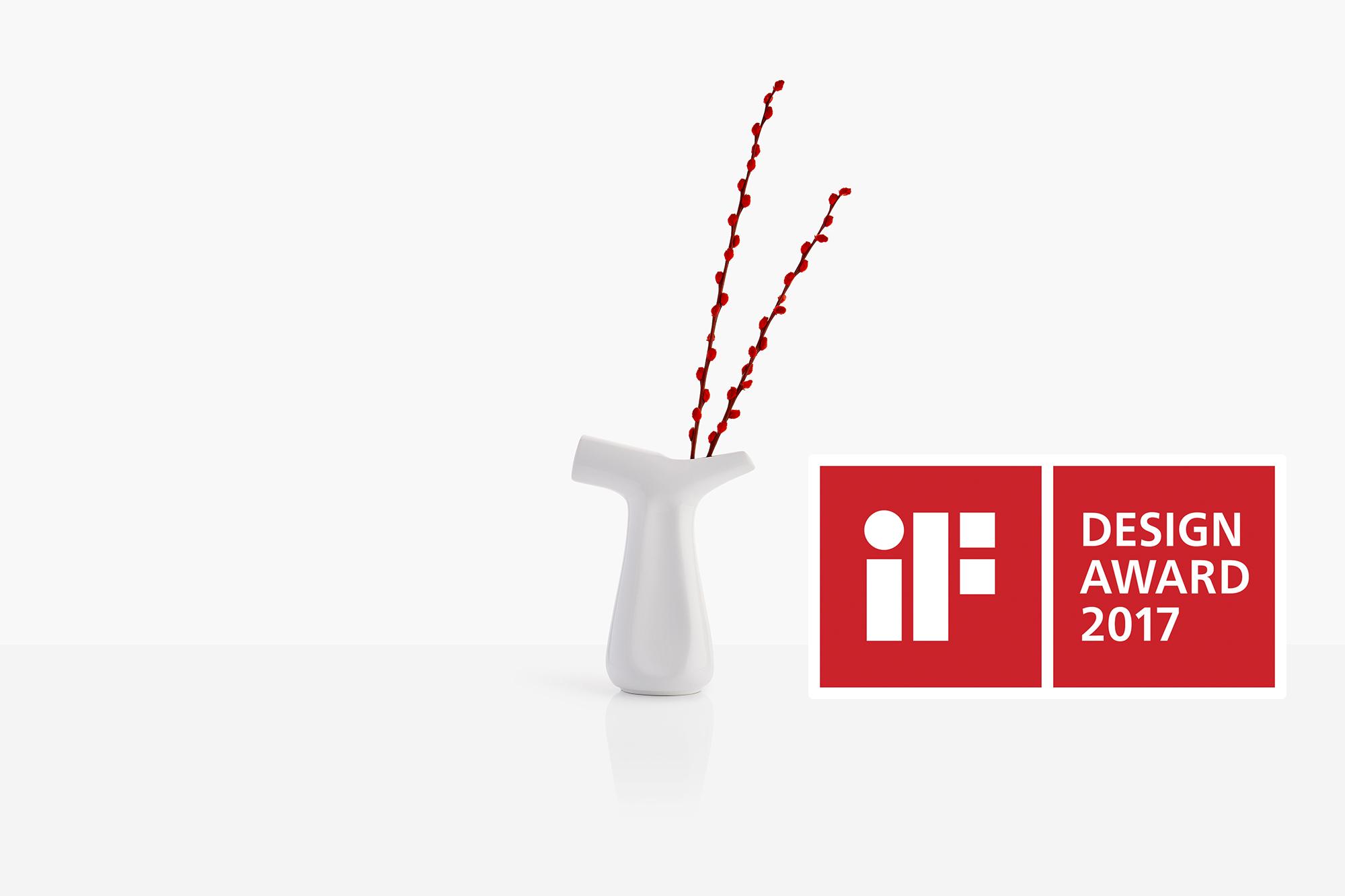 1_Two Way Watering Pot iF Award2.jpg