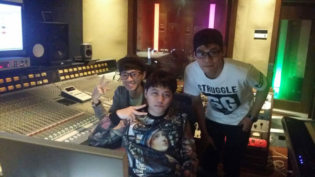 UNPLUGGED_Studio_recording11.jpg