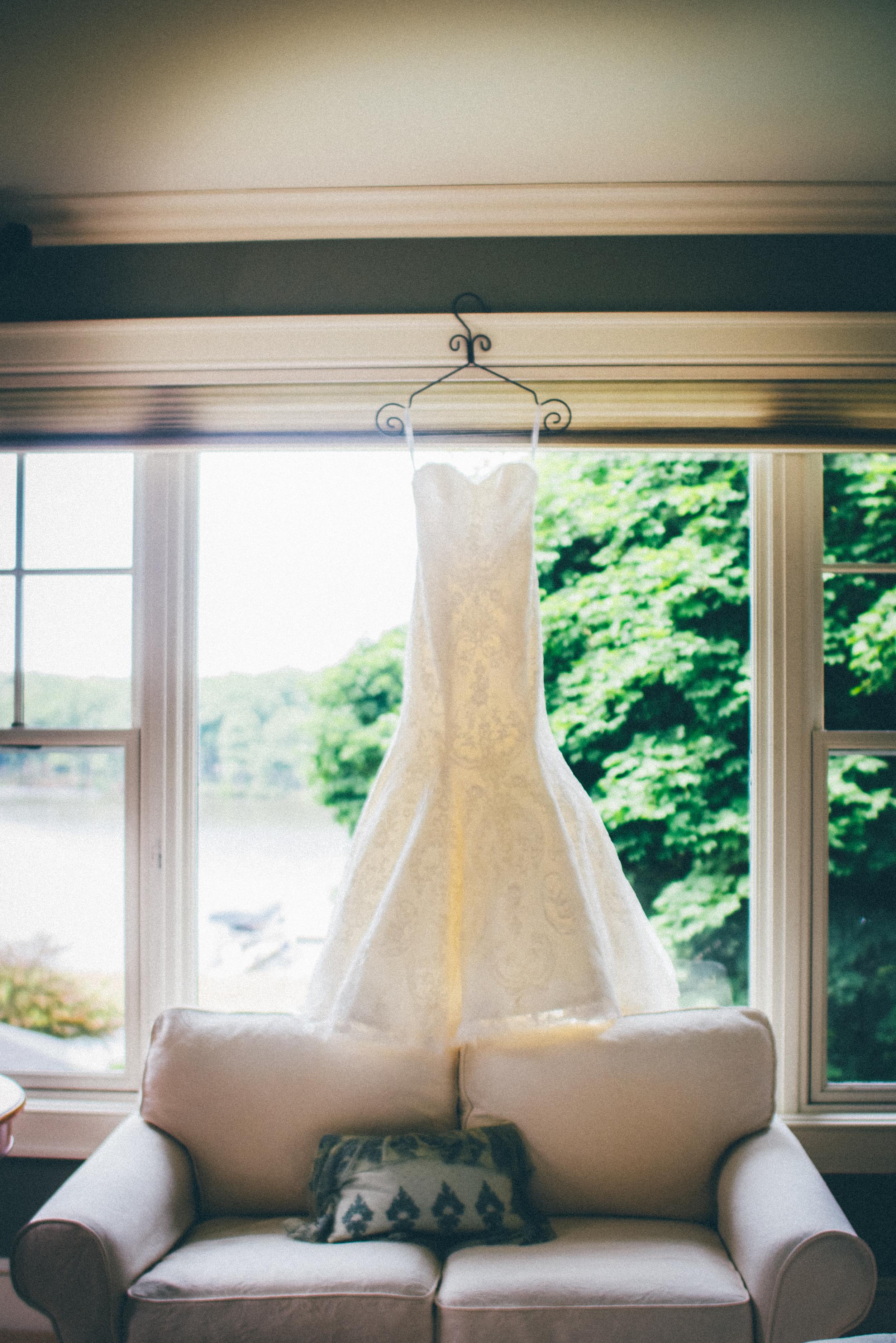 Grand-Rapids-Michigan-Wedding-Photographers-Videographers-Shadow-Shine-Pictures-Josh-Cassie-Teigen-Schoonmaker-002