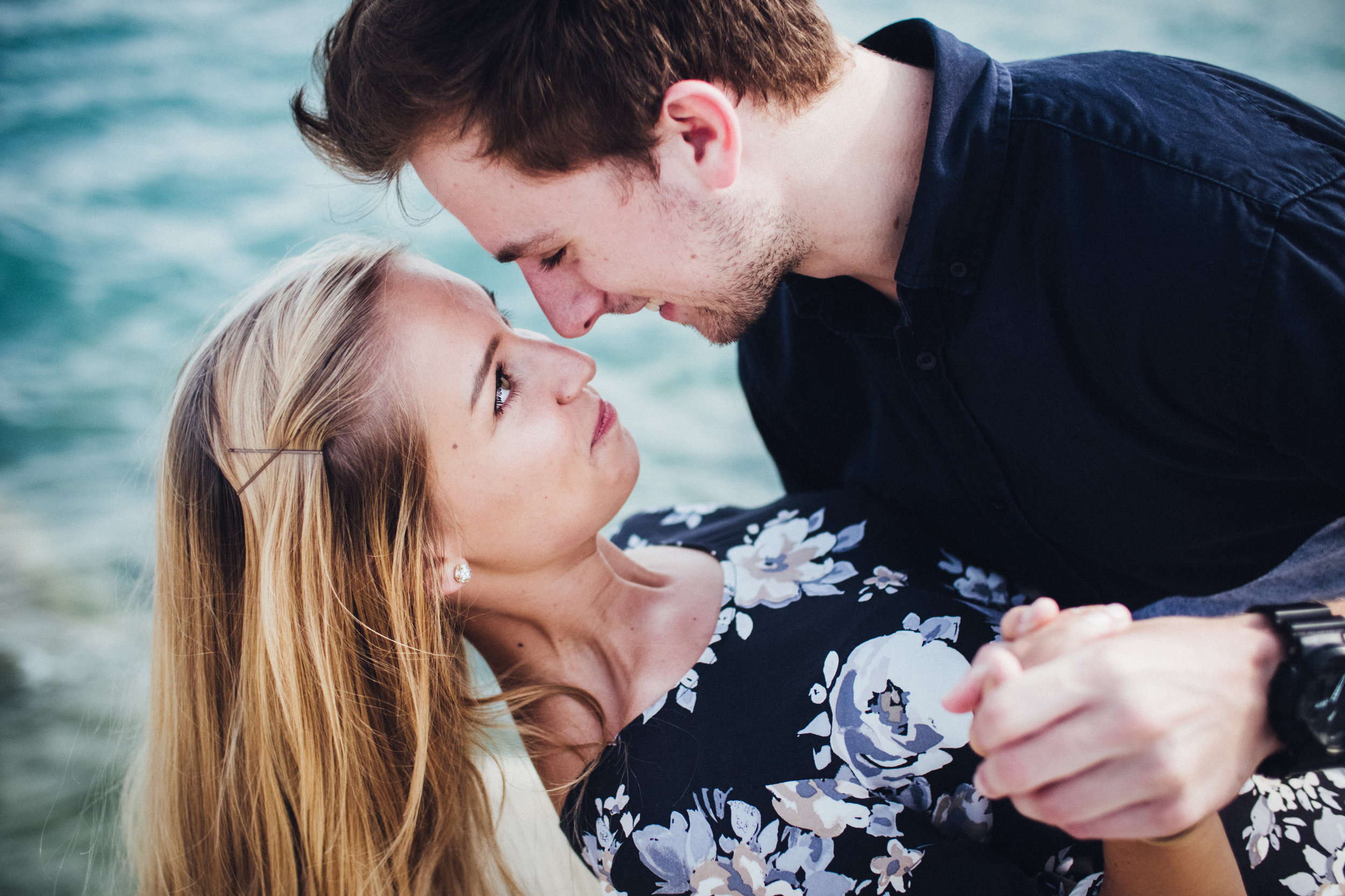 engagement-photography-photographer-photographers-award-winning-shadow-shine-pictures-wedding-photos-destination-chicago