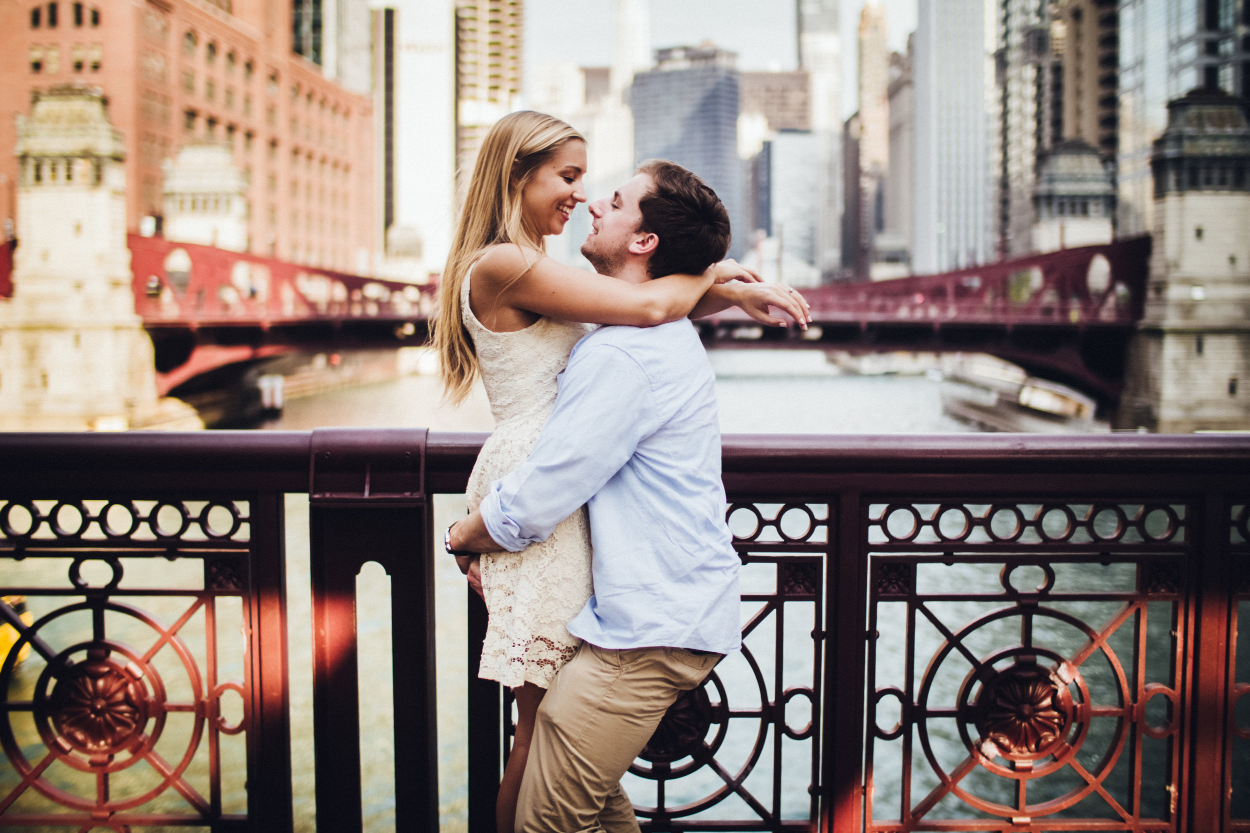 shadow-shine-pictures-engagement-photos-wedding-photographers-photographer-photography-destination-chicago