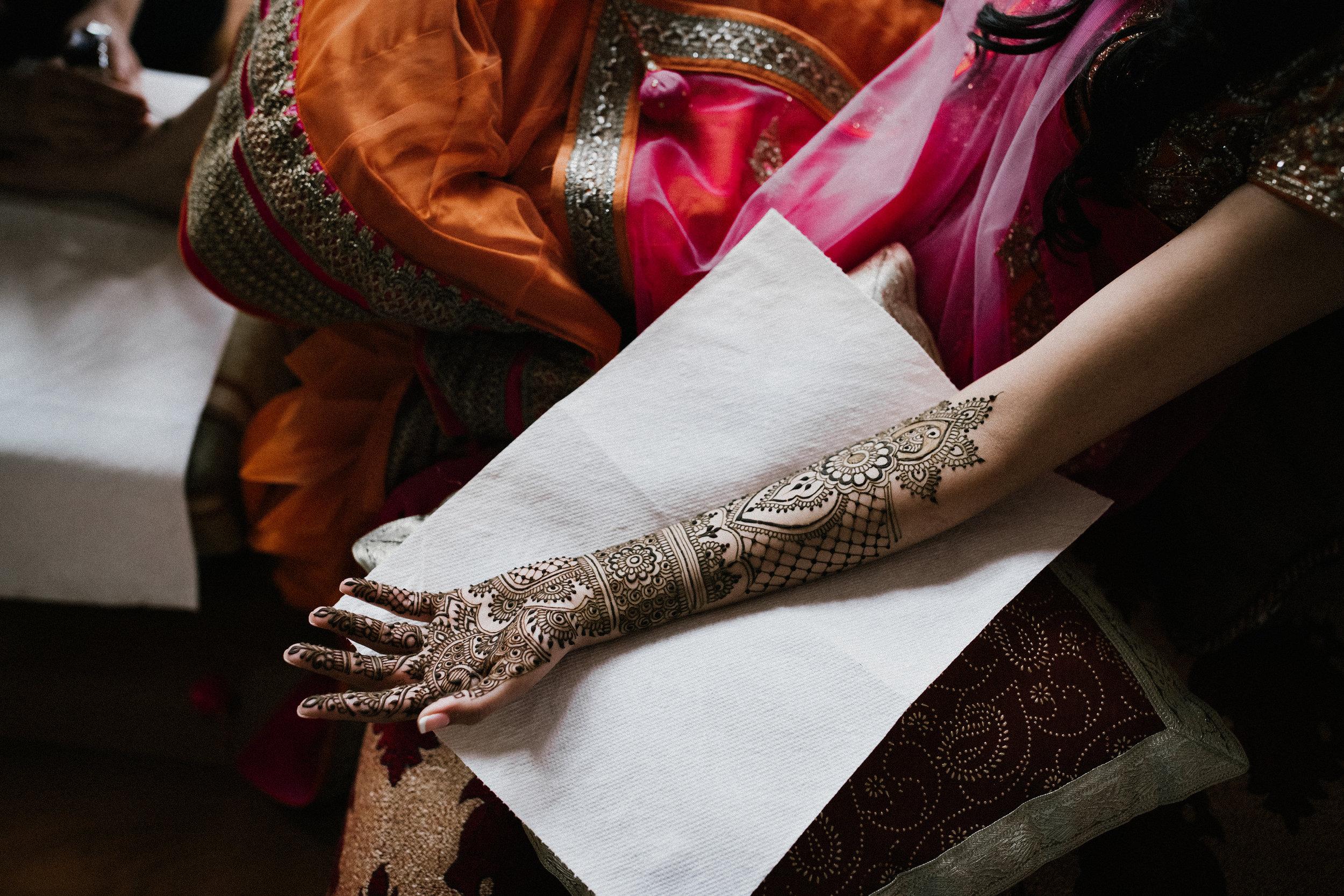 Aparna-Ankit-Patel-Mehndi-Wedding-Photos-0001.jpg