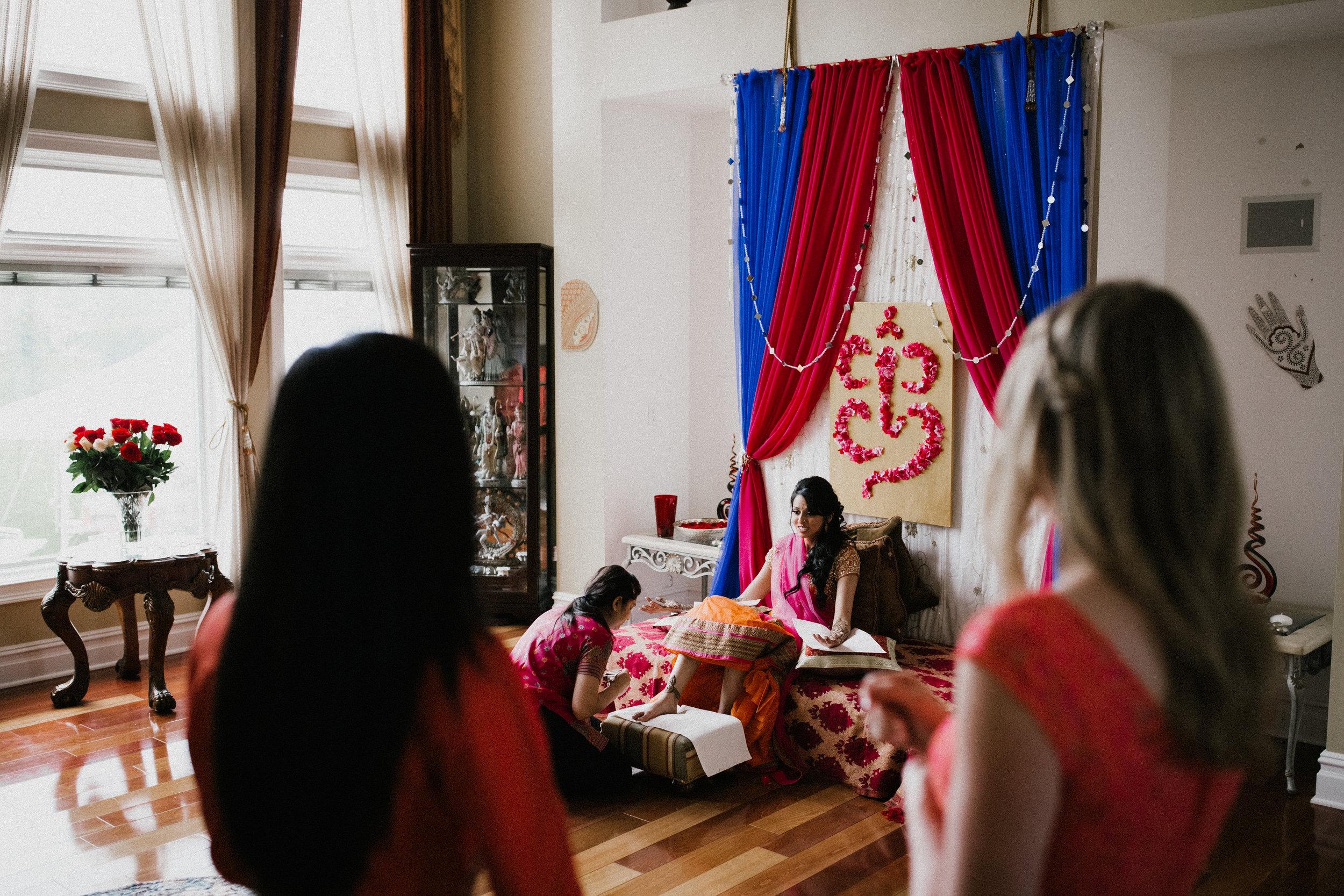 Aparna-Ankit-Patel-Mehndi-Wedding-Photos-0007.jpg
