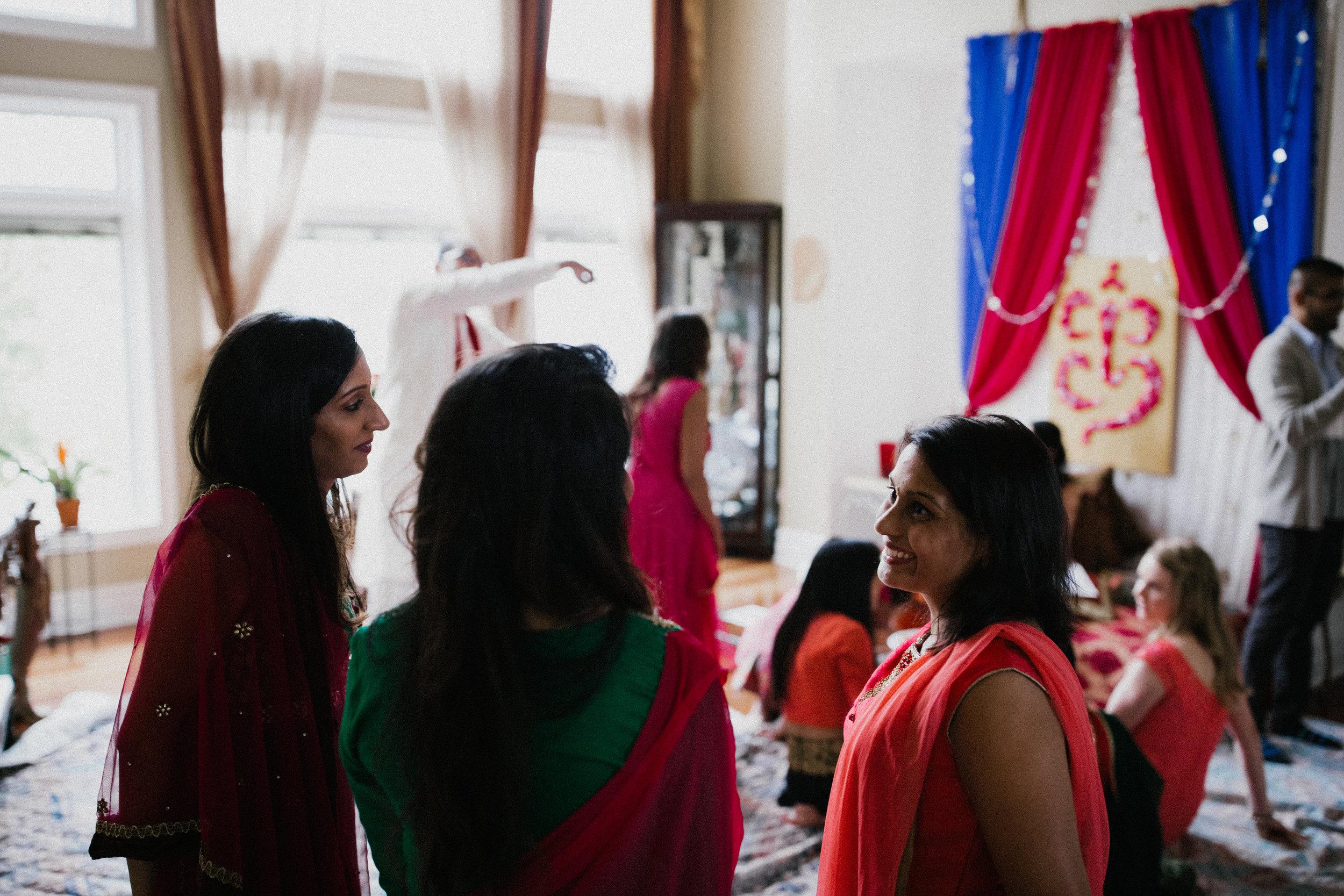 Aparna-Ankit-Patel-Mehndi-Wedding-Photos-0016.jpg