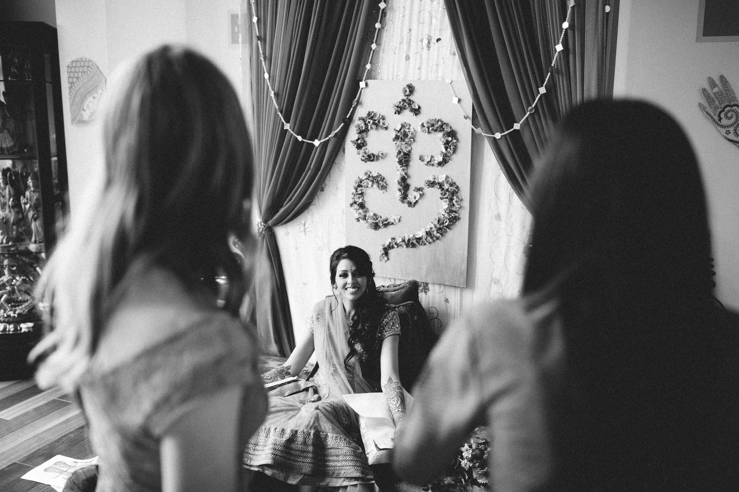Aparna-Ankit-Patel-Mehndi-Wedding-Photos-0019.jpg